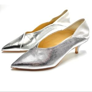 {Zara} V-Cut Kitten Heels/Slip on Heels